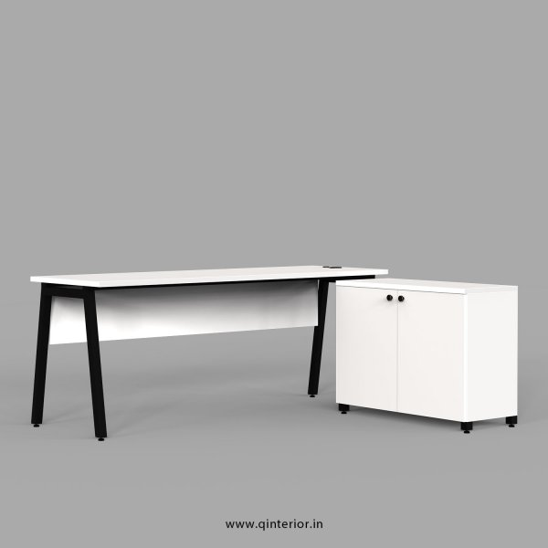 Berg Executive Table in White Finish - OET105 C4