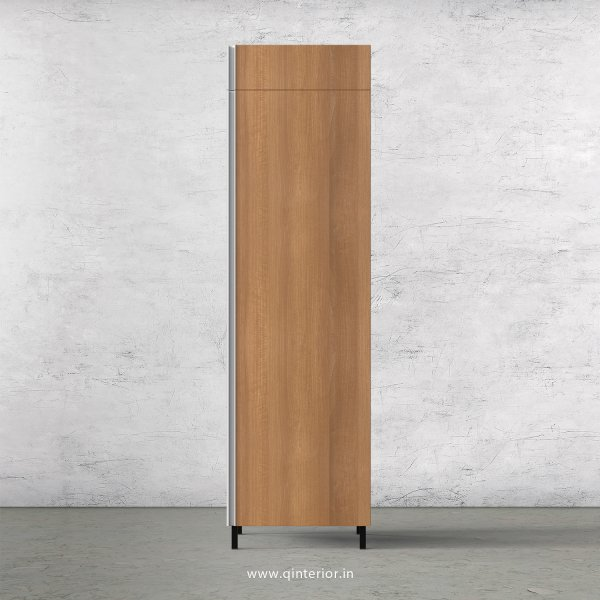 Stable Refrigerator Unit in Oak Finish - KTB807 C2