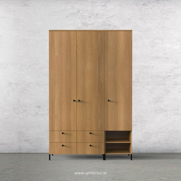 Stable 3 Door Wardrobe in Oak Finish – TWRD003 C2