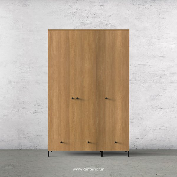 Stable 3 Door Wardrobe in Oak Finish – TWRD002 C2