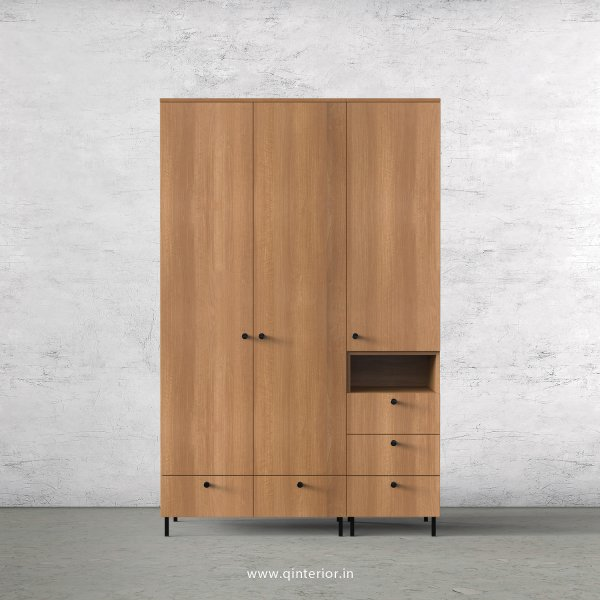Stable 3 Door Wardrobe in Oak Finish – TWRD010 C2