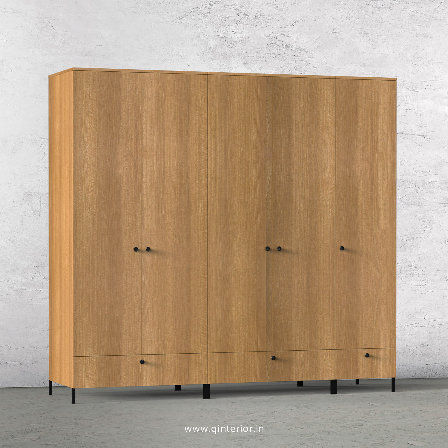 Stable 5 Door Wardrobe in Oak Finish – WRD002 C2