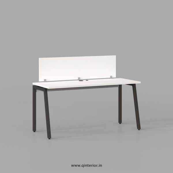 Berg Work Station in White Finish - OWS002 C4